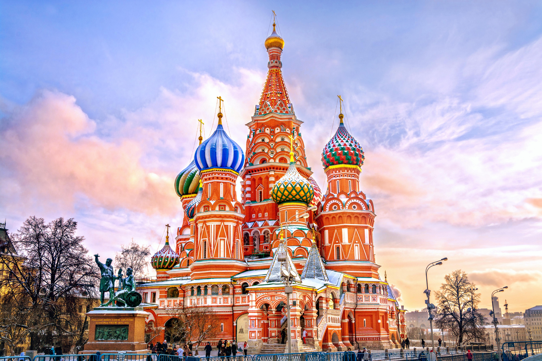 Russia, surplus bilancia commerciale ai minimi dal 2009