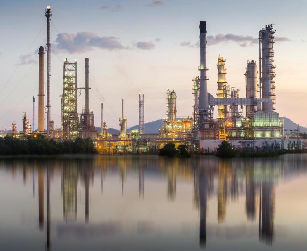Il prezzo del petrolio potrebbe rimanere volatile