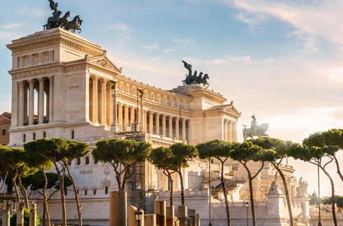 S&P conferma rating sovrano dell'Italia a BBB