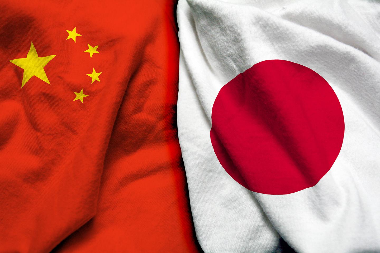 Cina, avvio per un lungo percorso. In Giappone incognita Suga