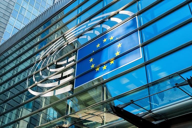 BCE passa dalle parole ai fatti