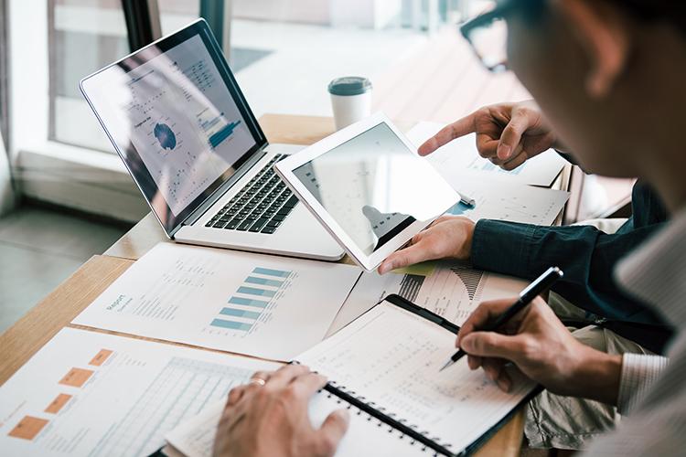 Crescono le reti Fideuram, IWBank e Sanpaolo Invest