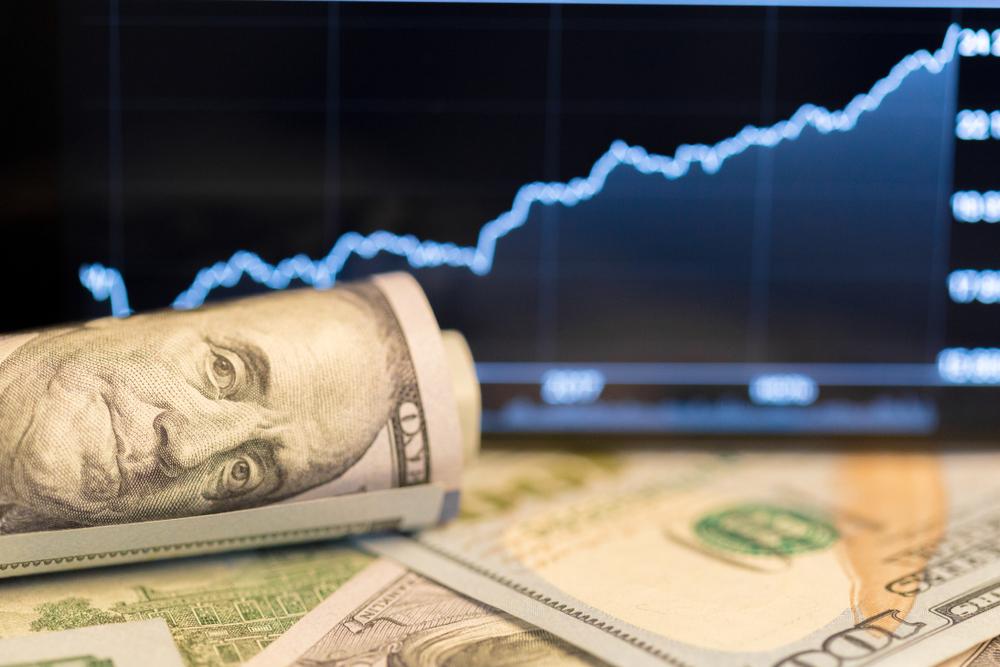 Coprire il rischio cambio e duration corte per esporsi ai Treasury